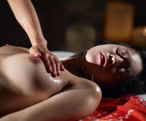 yoni massage oriental angels brothel